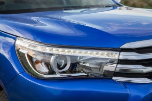 Toyota Hilux Vigo lights the way with range of lights in the front