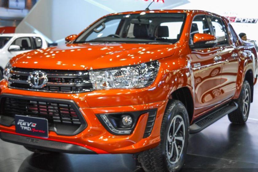 2016-Toyota-Hilux-Revo-TRD-Sportivo-front-right